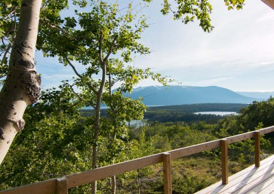 Sentinel-Mountain-log-cabin-atlin-for-rent