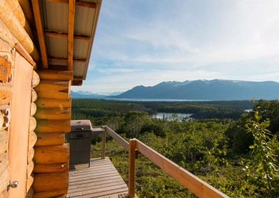 cabin-with-incredible-mountain-view-atlin